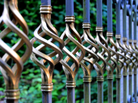 cloture-metal-jardin